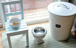 Classic-IKEA-Trash-Bin-Dog-Food-Storage-Container
